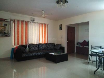 Gallery Cover Image of 1250 Sq.ft 2 BHK Apartment for buy in Aban Humming Bees, Somasundarapalya for 7965000
