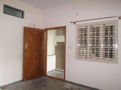 Gallery Cover Image of 500 Sq.ft 1 BHK Independent Floor for rent in JP Nagar for 13000