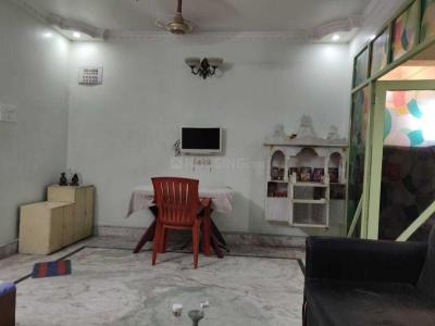 Gallery Cover Image of 900 Sq.ft 2 BHK Apartment for rent in New Alipore for 20000