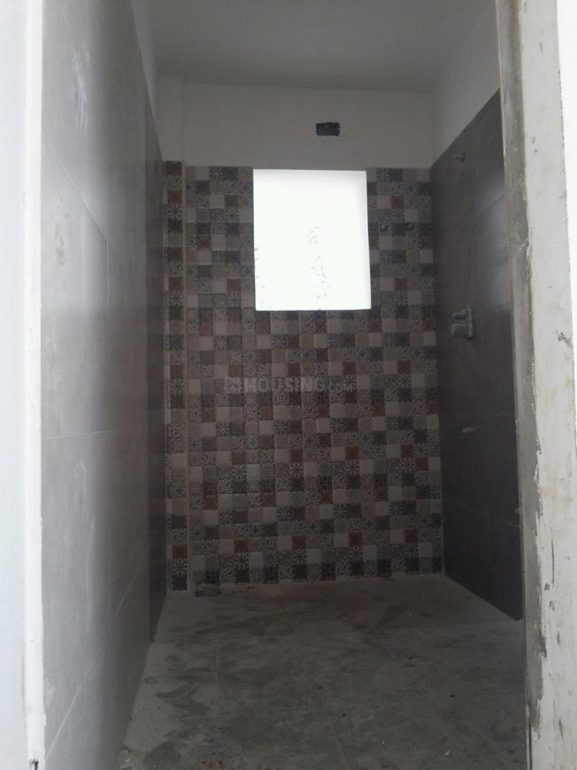 Common Bathroom Image of 800 Sq.ft 3 BHK Independent House for buy in Kundrathur for 11000000