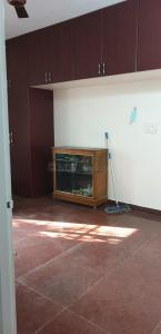 Gallery Cover Image of 1000 Sq.ft 2 BHK Independent Floor for rent in Mannivakkam for 12000