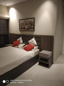 Gallery Cover Image of 764 Sq.ft 2 BHK Apartment for buy in Katad Khana for 5400000