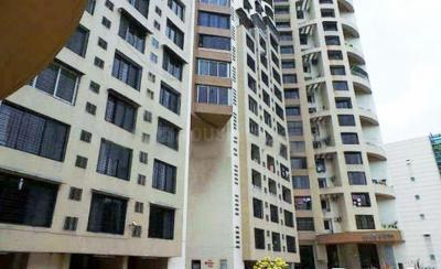 Gallery Cover Image of 1680 Sq.ft 3 BHK Apartment for rent in Malad East for 55000