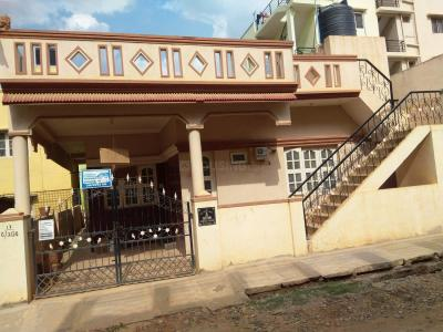 Gallery Cover Image of 1200 Sq.ft 2 BHK Independent House for rent in Kalkere for 12000