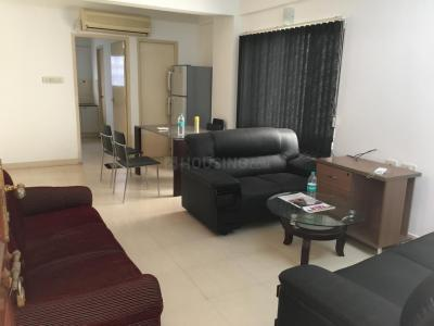 Gallery Cover Image of 1200 Sq.ft 2 BHK Apartment for rent in Velachery for 50000