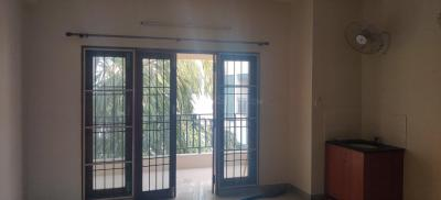 Gallery Cover Image of 2200 Sq.ft 3 BHK Apartment for rent in Nungambakkam for 53000