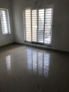 Gallery Cover Image of 750 Sq.ft 2 BHK Independent Floor for rent in Vadapalani for 12000