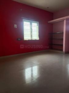 Gallery Cover Image of 2000 Sq.ft 3 BHK Independent House for buy in Kolapakkam for 11000000