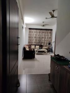 Gallery Cover Image of 1300 Sq.ft 2 BHK Apartment for buy in Motera for 5500000
