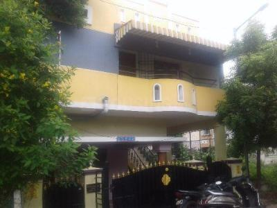 Gallery Cover Image of 1200 Sq.ft 4 BHK Independent House for buy in Maduravoyal for 15000000