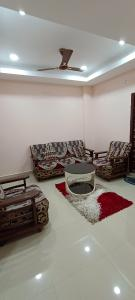 Gallery Cover Image of 1350 Sq.ft 2 BHK Apartment for rent in Kondapur for 23000