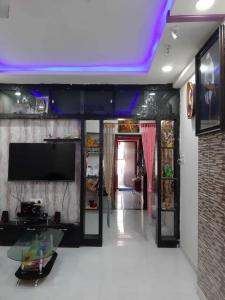 Gallery Cover Image of 950 Sq.ft 2 BHK Apartment for buy in Pragathi Nagar for 3800000