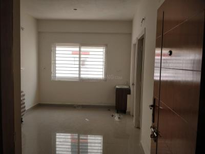 Gallery Cover Image of 625 Sq.ft 2 BHK Apartment for rent in Thandalam for 5000