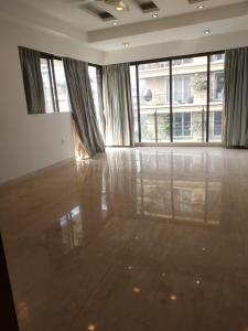 Gallery Cover Image of 3600 Sq.ft 4 BHK Apartment for rent in Khar West for 300000