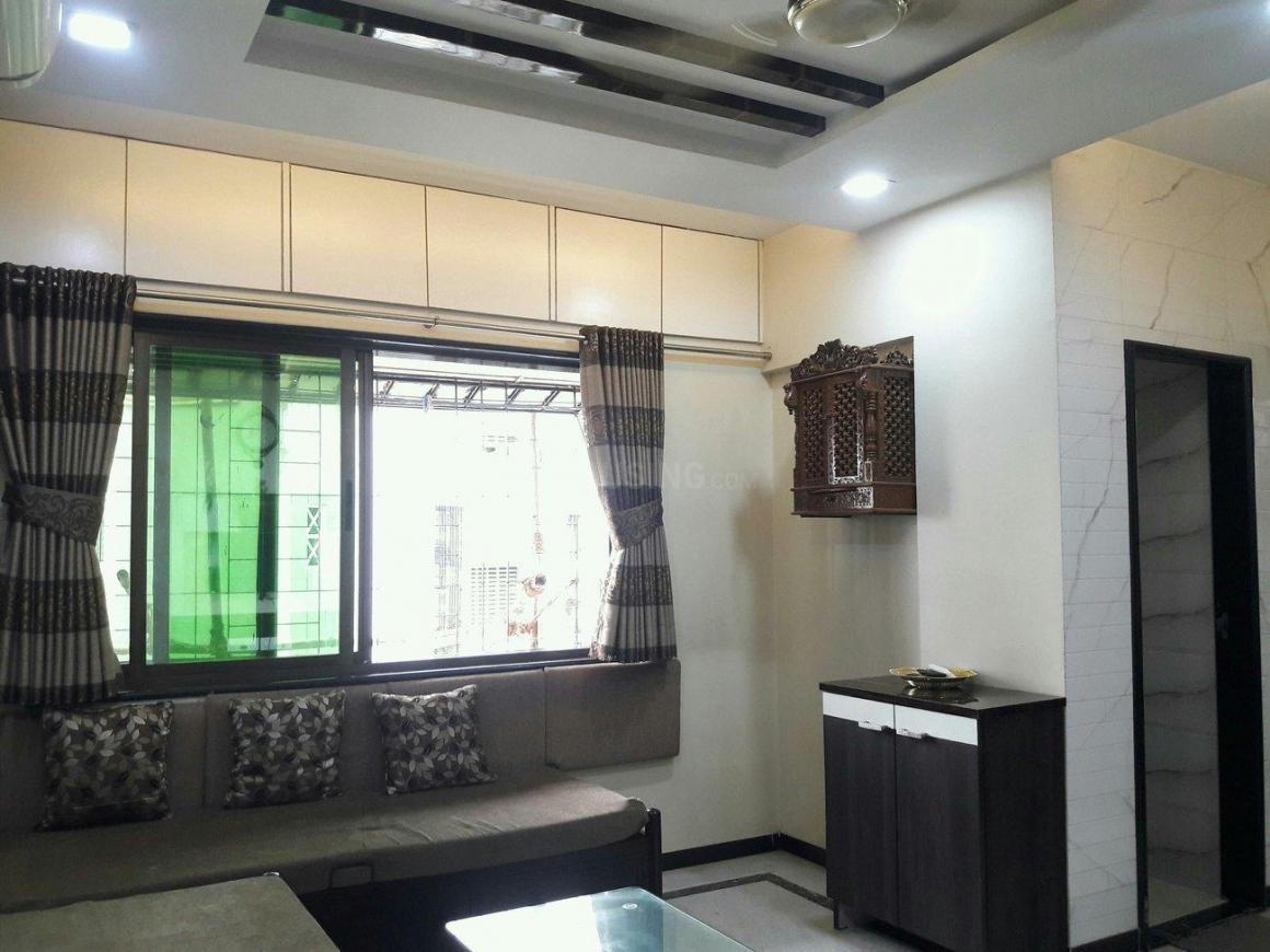 Living Room Image of 680 Sq.ft 1 BHK Apartment for rent in Goregaon West for 35000