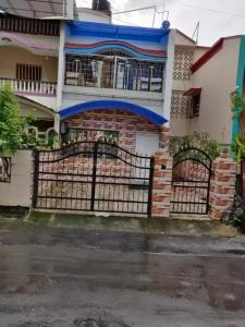 Gallery Cover Image of 2500 Sq.ft 2 BHK Villa for buy in Vasai West for 18000000