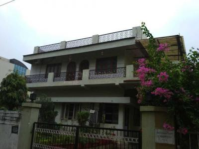Gallery Cover Image of 4500 Sq.ft 7 BHK Independent House for buy in Arera Colony for 55000000