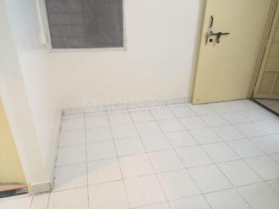 Gallery Cover Image of 550 Sq.ft 1 BHK Apartment for rent in Somwar Peth for 16000