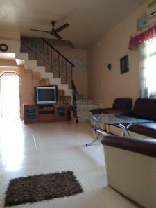 Gallery Cover Image of 2000 Sq.ft 3 BHK Apartment for buy in Lulla Nagar for 17500000