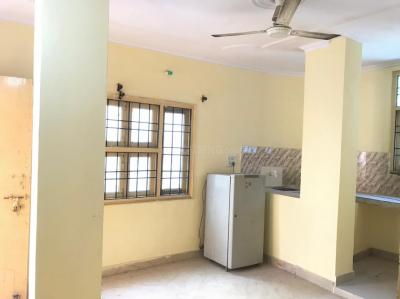 Gallery Cover Image of 850 Sq.ft 1 BHK Independent Floor for rent in Sector 62 for 12000