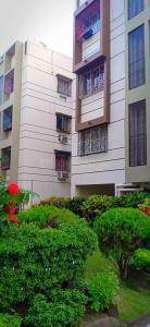 Gallery Cover Image of 1250 Sq.ft 3 BHK Apartment for buy in Tollygunge for 6500000