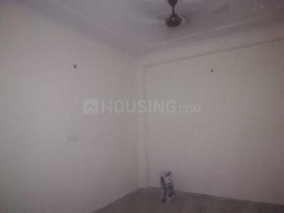 Gallery Cover Image of 1300 Sq.ft 3 BHK Apartment for buy in Dayal Bagh Colony for 3000000