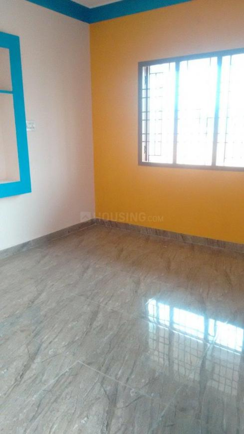 Living Room Image of 1000 Sq.ft 1 BHK Independent Floor for rent in Iyyappanthangal for 8000