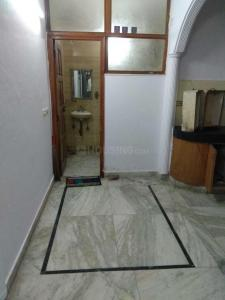 Gallery Cover Image of 400 Sq.ft 1 RK Independent Floor for rent in Lajpat Nagar for 17000