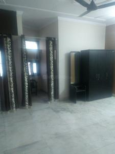 Gallery Cover Image of 1250 Sq.ft 3 BHK Independent Floor for rent in Mansarover Garden for 30000