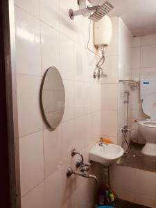 Bathroom Image of PG For Girls in Malad West