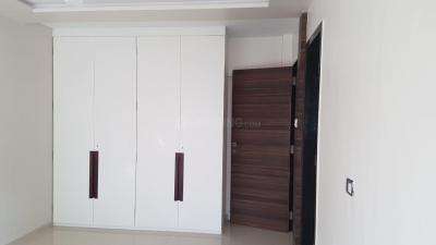 Gallery Cover Image of 1200 Sq.ft 2 BHK Apartment for rent in Golden palace, Bandra West for 85000