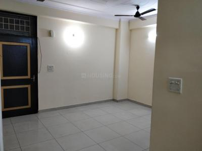 Gallery Cover Image of 1170 Sq.ft 3 BHK Apartment for rent in Vaibhav Khand for 15000