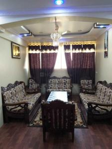 Gallery Cover Image of 1500 Sq.ft 4 BHK Apartment for rent in Lakdikapul for 70000