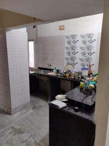 Gallery Cover Image of 950 Sq.ft 2 BHK Apartment for buy in Karunamoyee Housing Society, Salt Lake City for 5500000