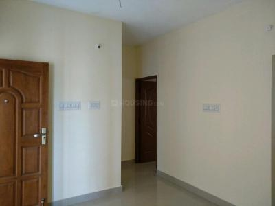 Gallery Cover Image of 453 Sq.ft 1 BHK Apartment for buy in Varadharajapuram for 1800000