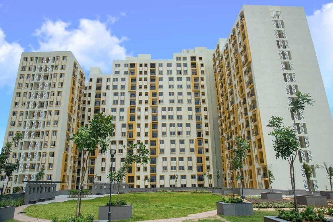 Building Image of 999 Sq.ft 2 BHK Apartment for buy in Mambakkam for 5400000