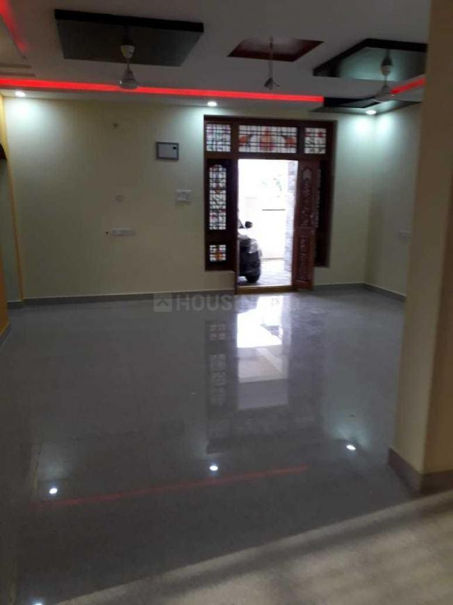 Living Room Image of 1600 Sq.ft 3 BHK Independent House for rent in Kismatpur for 18000