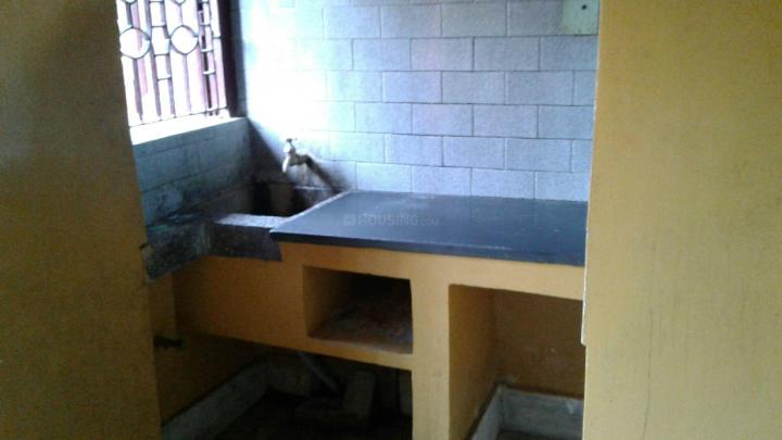 Kitchen Image of 1000 Sq.ft 2 BHK Independent House for rent in Sodepur for 6800