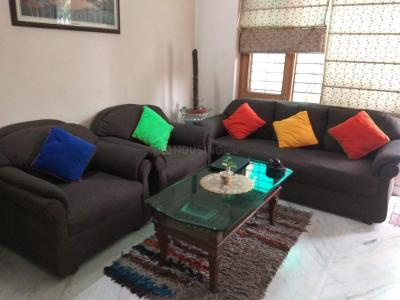 Gallery Cover Image of 2367 Sq.ft 3 BHK Independent Floor for buy in Sector 40 for 14500000