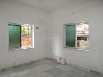 Gallery Cover Image of 450 Sq.ft 1 RK Apartment for buy in Paschim Putiary for 1500000