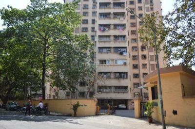 Gallery Cover Image of 910 Sq.ft 2 BHK Apartment for rent in Jal Vayu Vihar, Powai for 42000