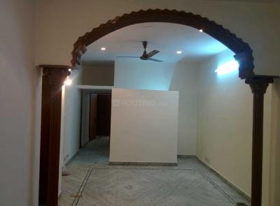 Gallery Cover Image of 2900 Sq.ft 3 BHK Independent House for rent in Gamma I Greater Noida for 16000