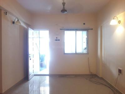 Gallery Cover Image of 650 Sq.ft 2 BHK Apartment for buy in Thane West for 8000000