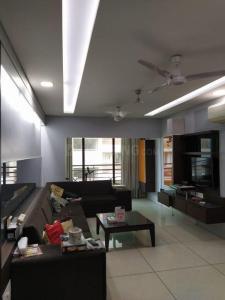 Gallery Cover Image of 1700 Sq.ft 3 BHK Apartment for rent in Vraj Vihar V, Jodhpur for 40000