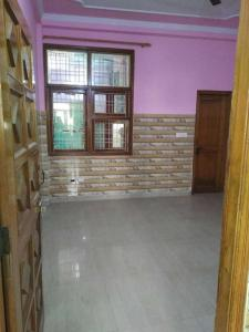 Gallery Cover Image of 3250 Sq.ft 2 BHK Independent House for rent in Delta III Greater Noida for 8000