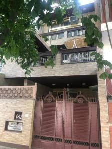Gallery Cover Image of 1350 Sq.ft 3 BHK Villa for buy in Malviya Nagar for 66000000