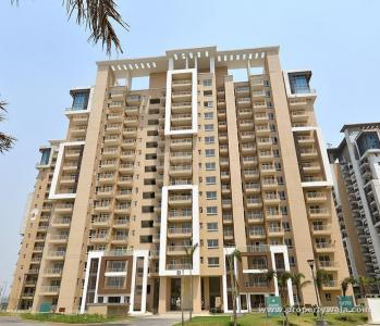 Gallery Cover Image of 1900 Sq.ft 3 BHK Apartment for buy in Emaar Palm Gardens, Sector 84 for 11500000