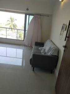 Gallery Cover Image of 1050 Sq.ft 2 BHK Apartment for rent in Vile Parle West for 75000