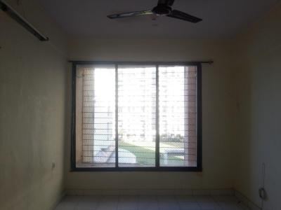 Gallery Cover Image of 530 Sq.ft 1 BHK Apartment for rent in FAM Society, Kopar Khairane for 16000