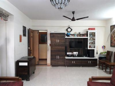 Gallery Cover Image of 980 Sq.ft 2 BHK Apartment for buy in Mulund East for 15600000